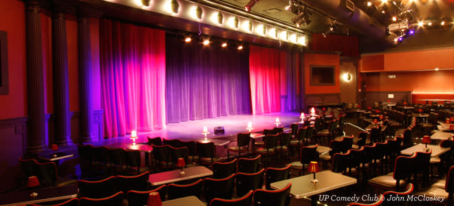 Marketing Exhibition Stand Up Comedy : Top chicago comedy clubs places to see stand up sketch & improv