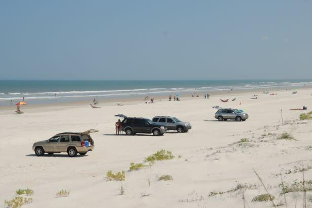 Plenty of parking at the beach | Daytona Beach, FL