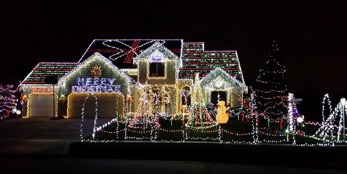 Best Fort Wayne Christmas Light Displays