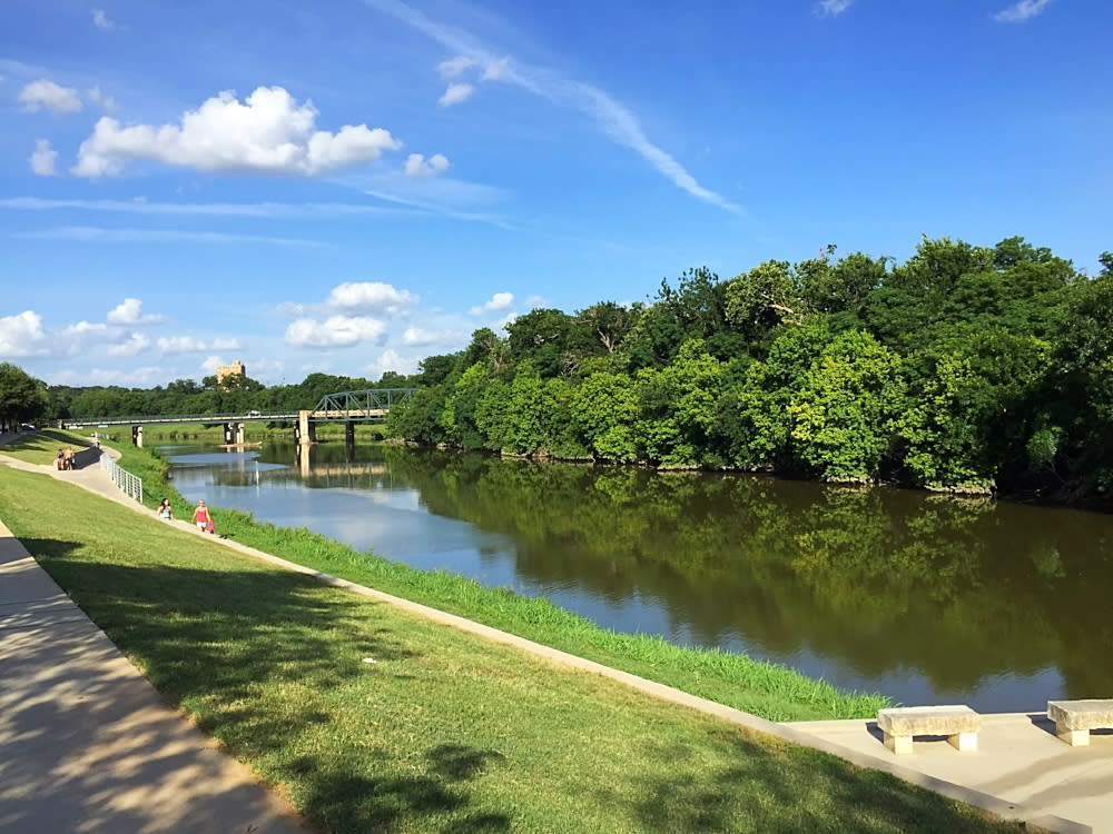 12 things to do along the trinity trails - American gardens west 7th fort worth ...