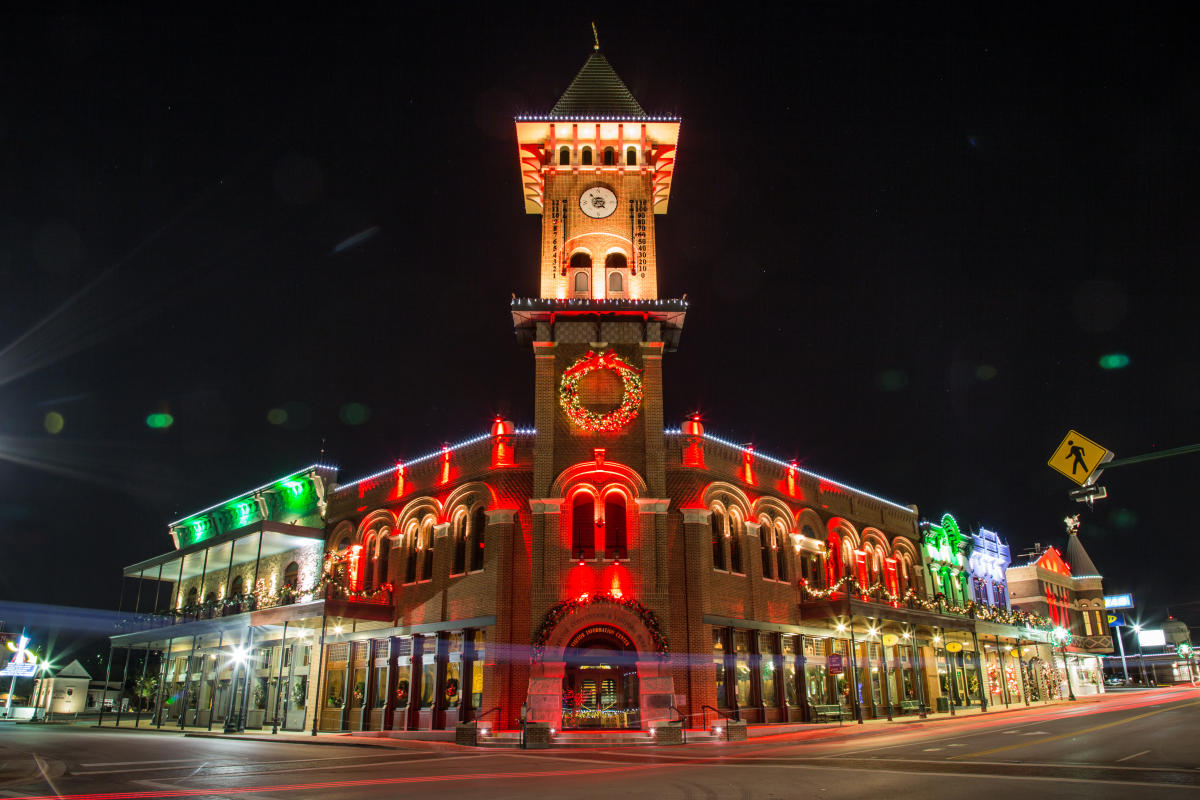 Christmas Capital Of Texas 2019 Holidays In Grapevine Tx