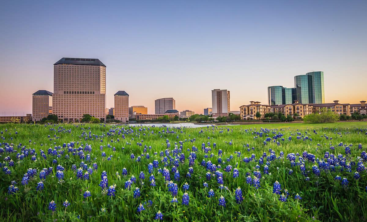 Hello Irving, Texas Weekend