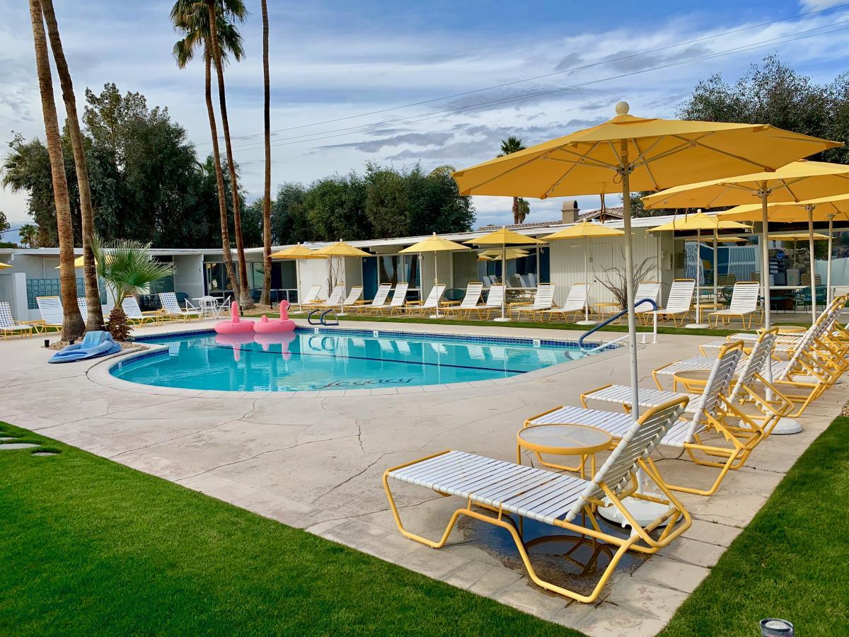 Remarkable Sleek Stays Midcentury Modern Hotels In Greater Palm Springs Download Free Architecture Designs Remcamadebymaigaardcom