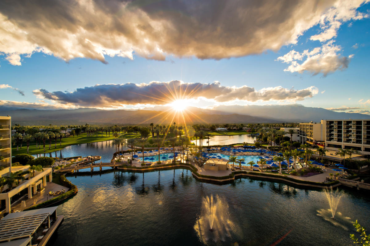 10 Best Places to Visit in Palm Springs - Glamorous Moms