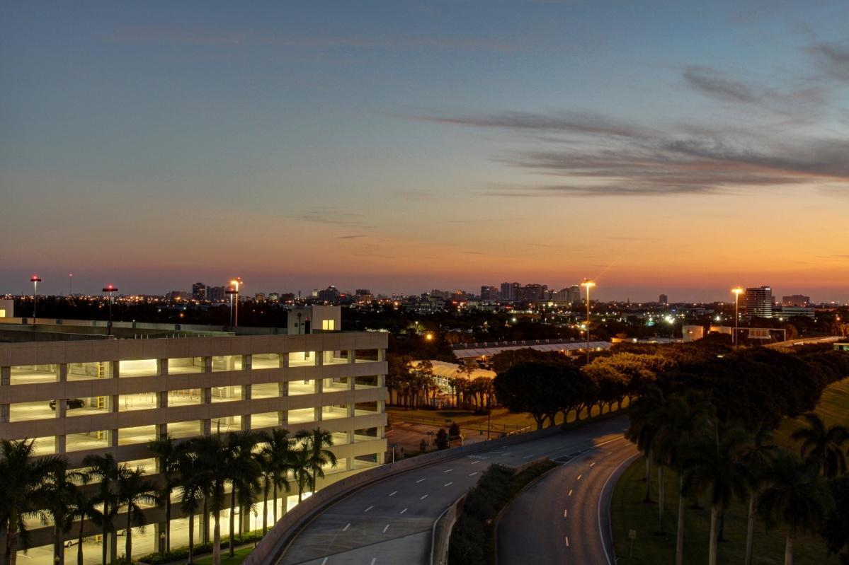 ground transportation palm beach international airport 1199 x 799 · jpeg