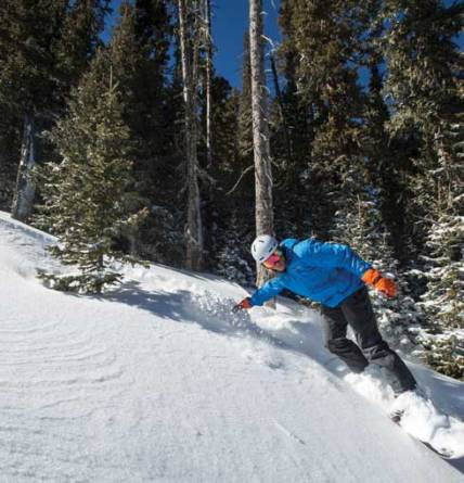 Real Snow Began After Dark >> 10 Reasons To Love Angel Fire