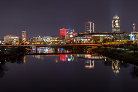 Downtown Des Moines Skyline at night