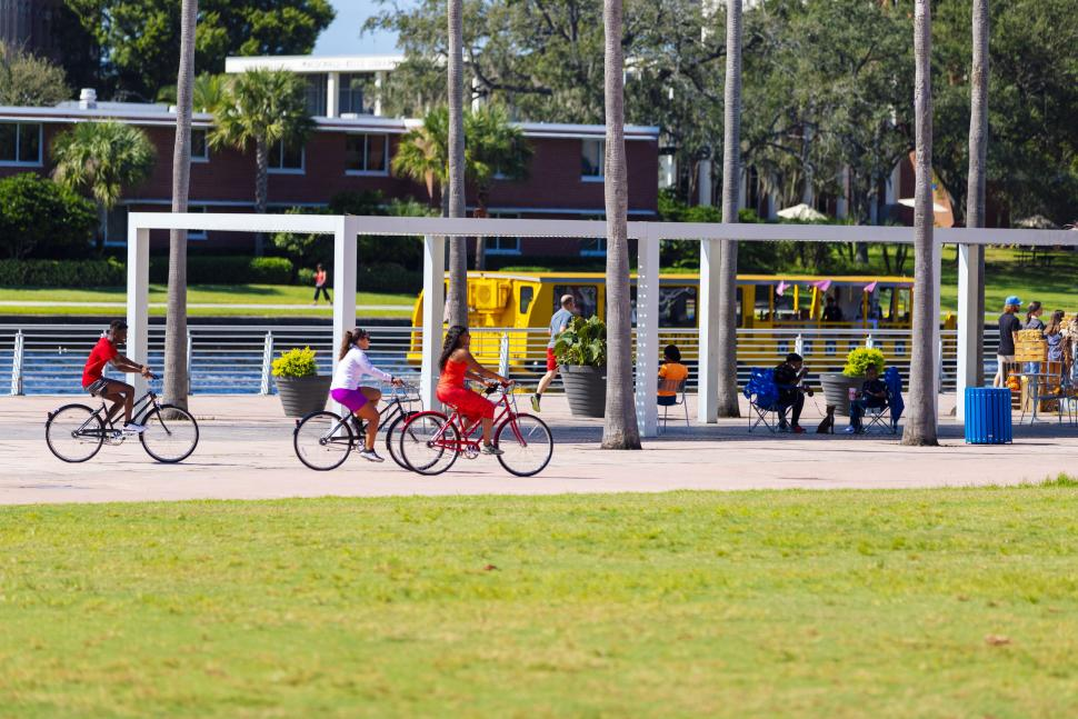 Curtis Hixon Park bike