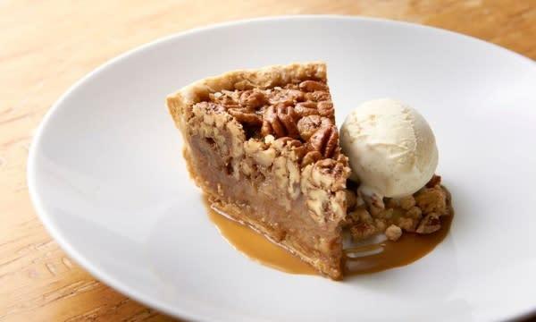 Houstonian's Pecan Pie
