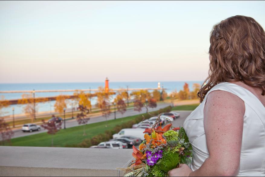 bride on Civil War Museum terrace