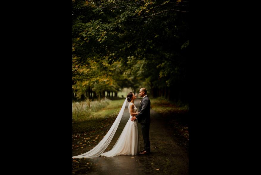 wedding at Hawthorn Hollow