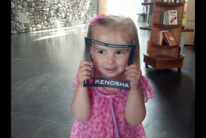 girl at Kenosha Public Museum