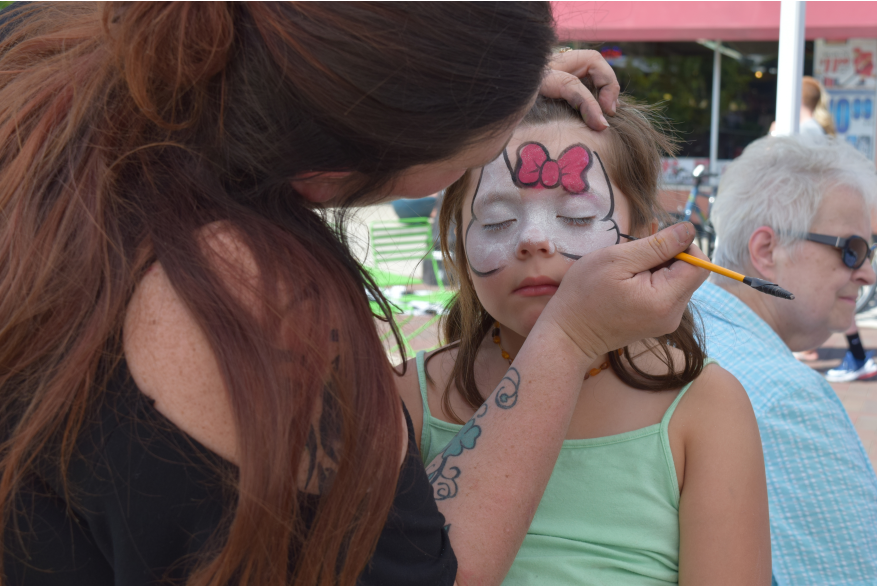 Face painting during Be A Tourist In Your Own Town