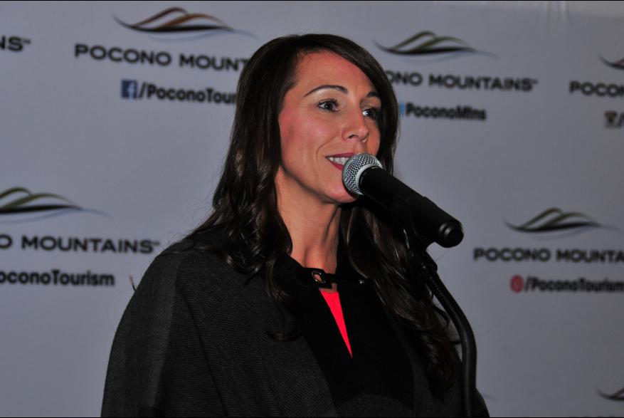 2015 Annual Report Luncheon Presenter Staci Barkalow PoconoMtns