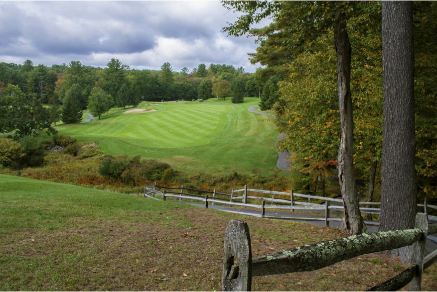 Play a round this fall in the Poconos at Woodloch Springs