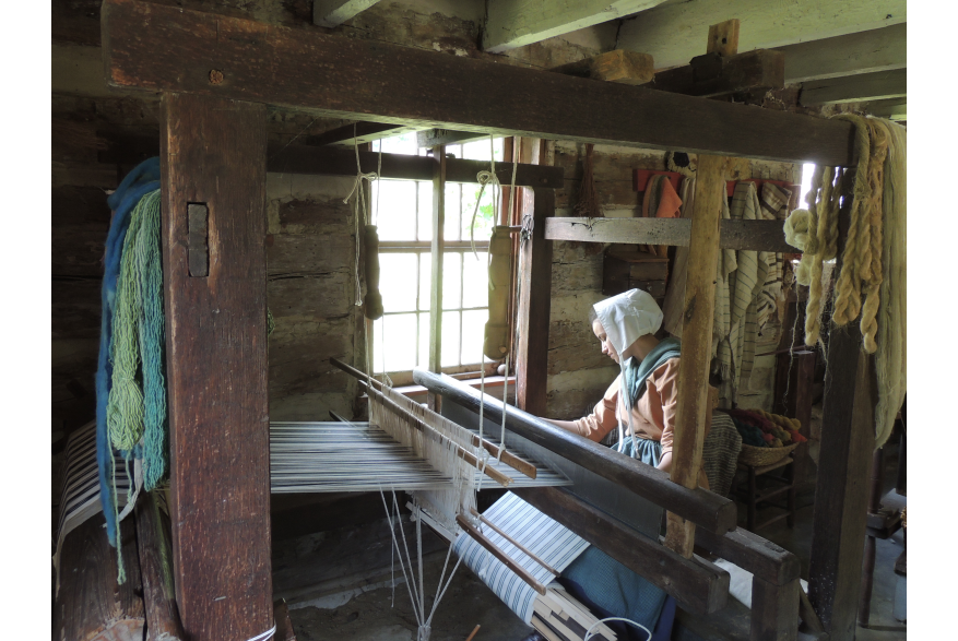 Loom Demonstration at Quiet Valley