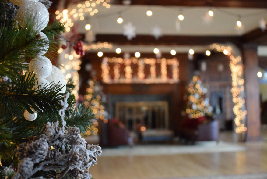 Experience the Holiday Season in the Poconos