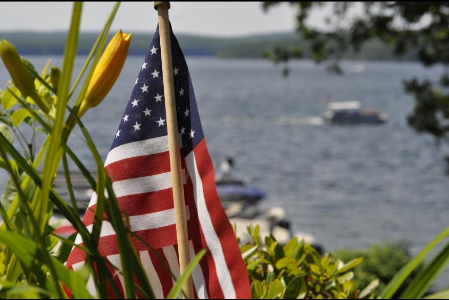 Enjoy a Boat Tour on Lake Wallenpaupack