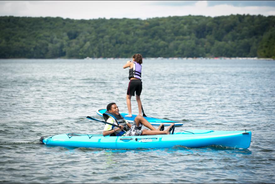 Kayaking on Lake Wallenpaupack in the Pocono Mountains