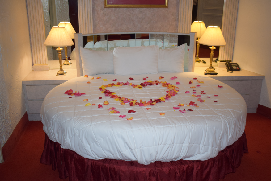 Plan A Romantic Getaway For Your Sweetheart in the Pocono Mountains