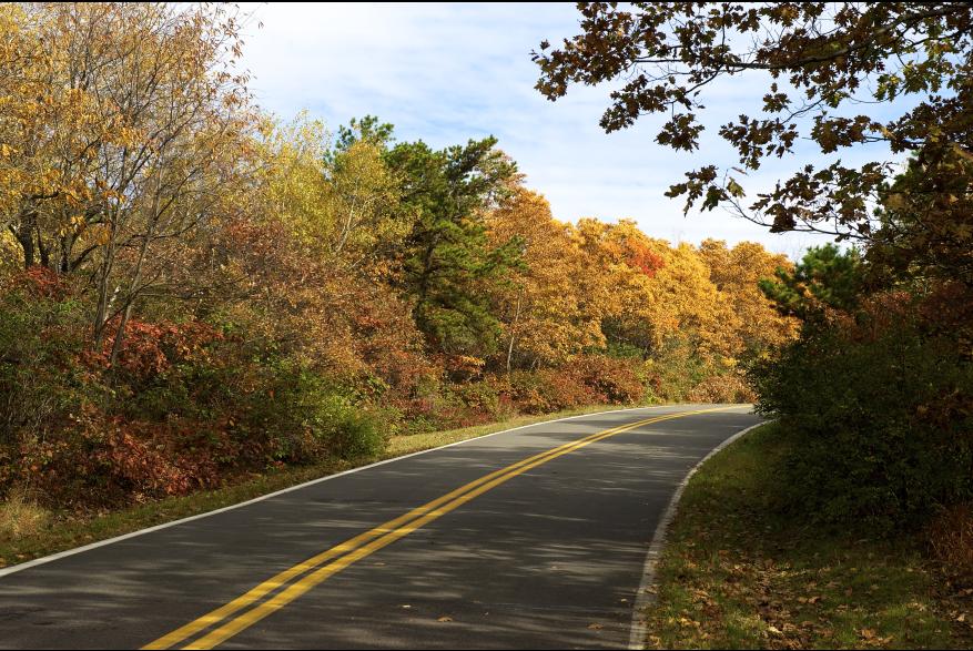 Fall scenic Pocono drive