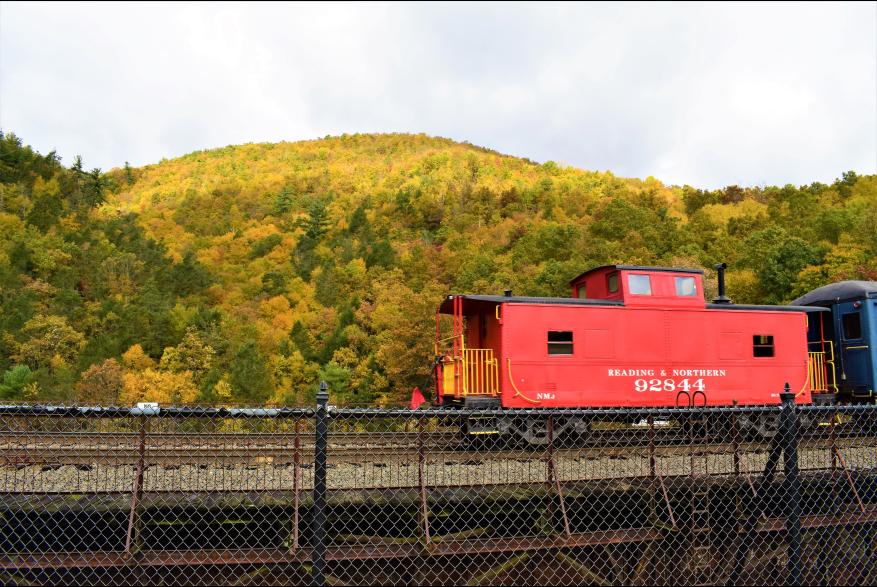 Explore a train ride in the Poconos this fall