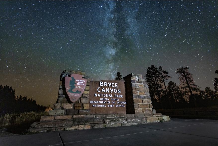Bryce Canyon Night Entrance