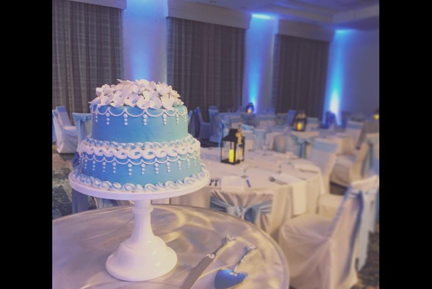 Wedding Cake Room Setup