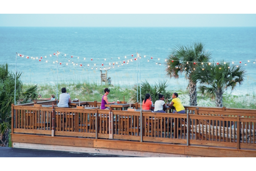 Outdoor dining at Hurricane Alleys