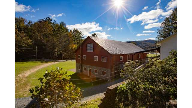 Apple Barn at Valle Crucis Conference Center | Boone, NC
