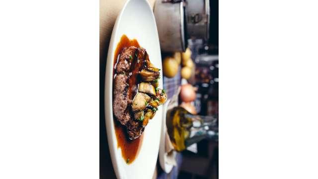 Dining - Entree