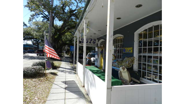 Ocean Springs - Milner Toy Store