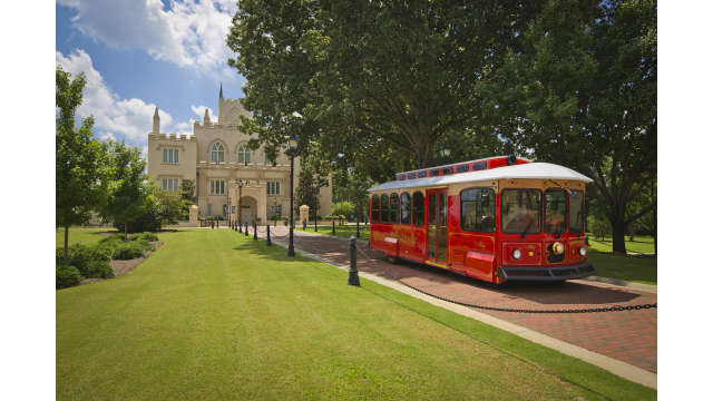 Trolley at Old State Capital