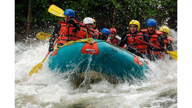 Rafting the Hudson River Gorge w/ Hudson River Rafting Company 140