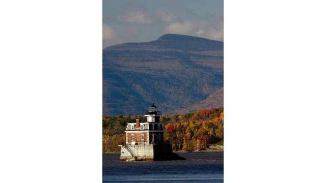 Hudson-Athens lighthouse 1639