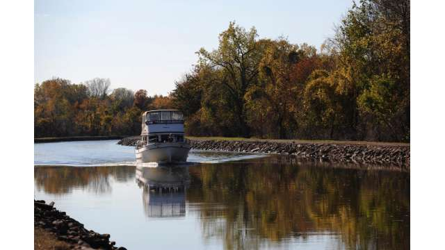 Boat on Erie Canal outside Gasport