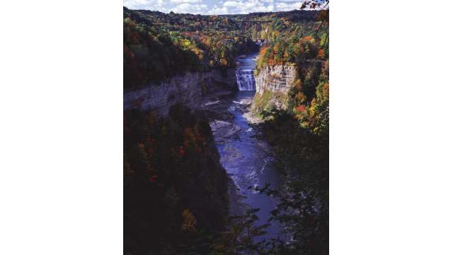 Letchworth State Park-View of Middle Falls