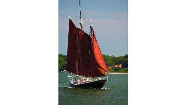 Boat&SchoonerCruises