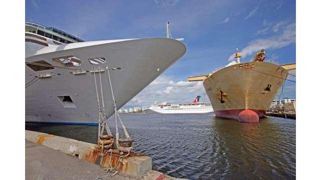 Ships in Midport
