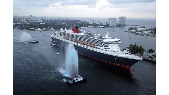 Queen Mary 2 arrives at Port Everglades