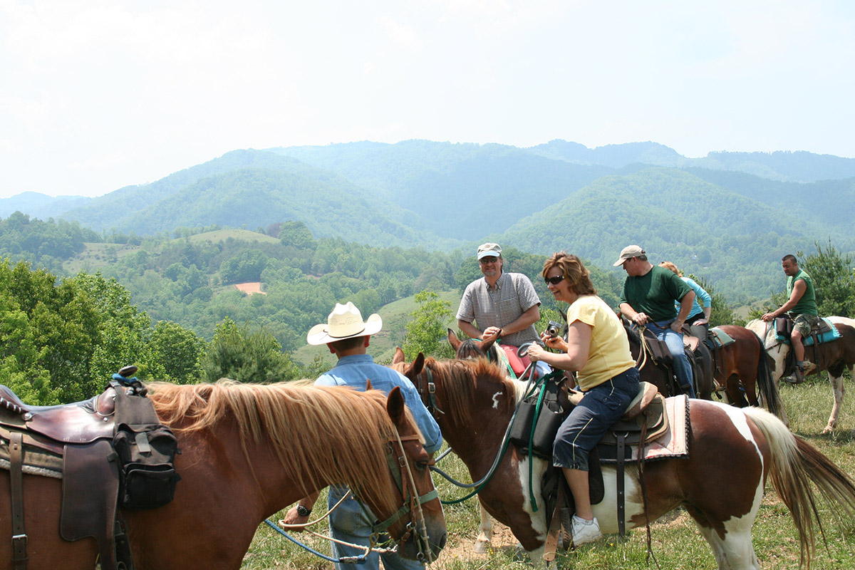 Sandy Bottom Trail Rides | Asheville, NC's Official Travel Site