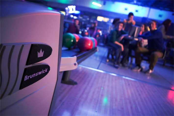New Brunswick Bowling >> Brunswick Zone National Lanes