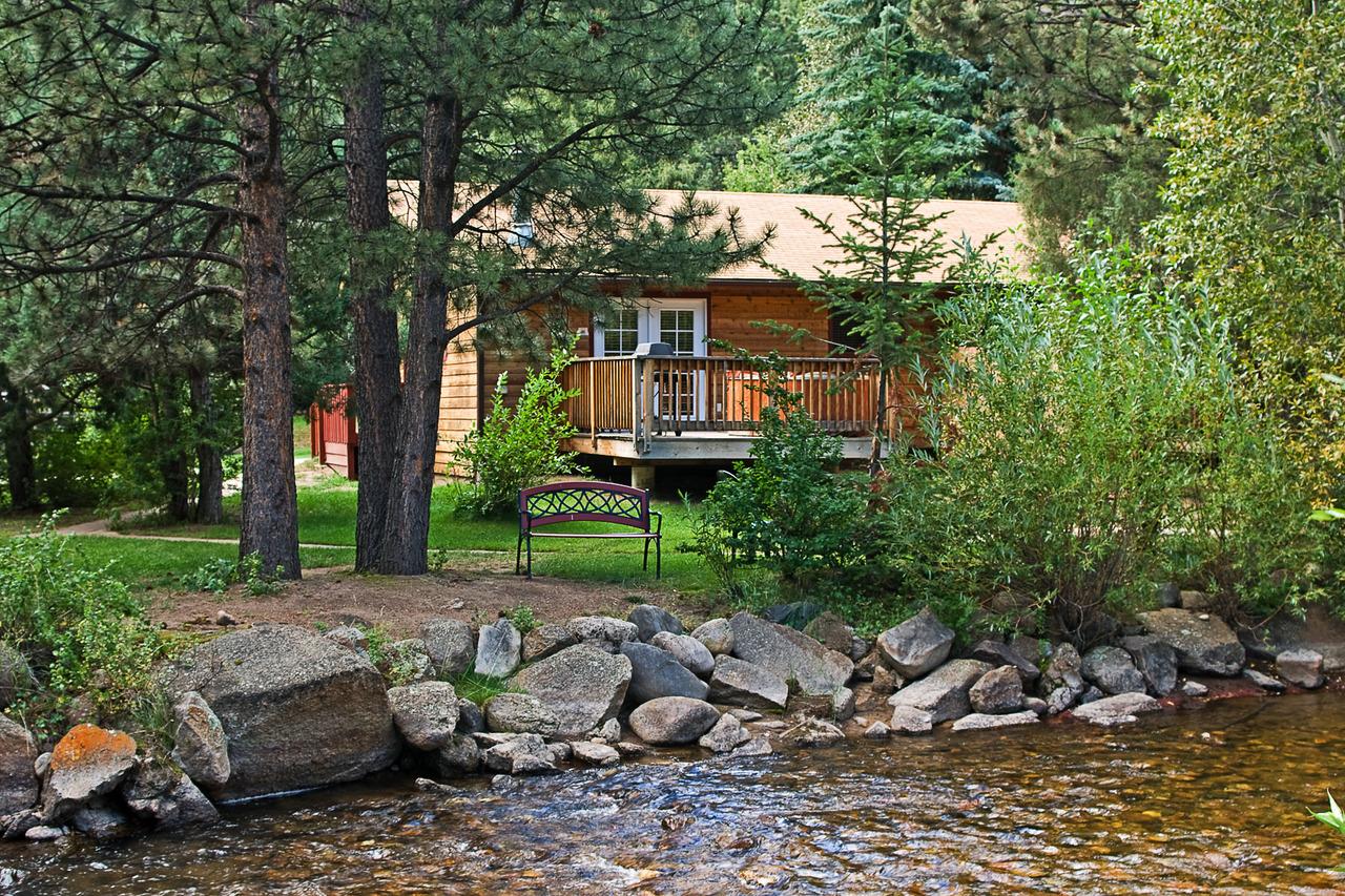 streamside on fall river estes park co 80517 rh visitestespark com estes park colorado lodging on the river estes park lodging on the big thompson river