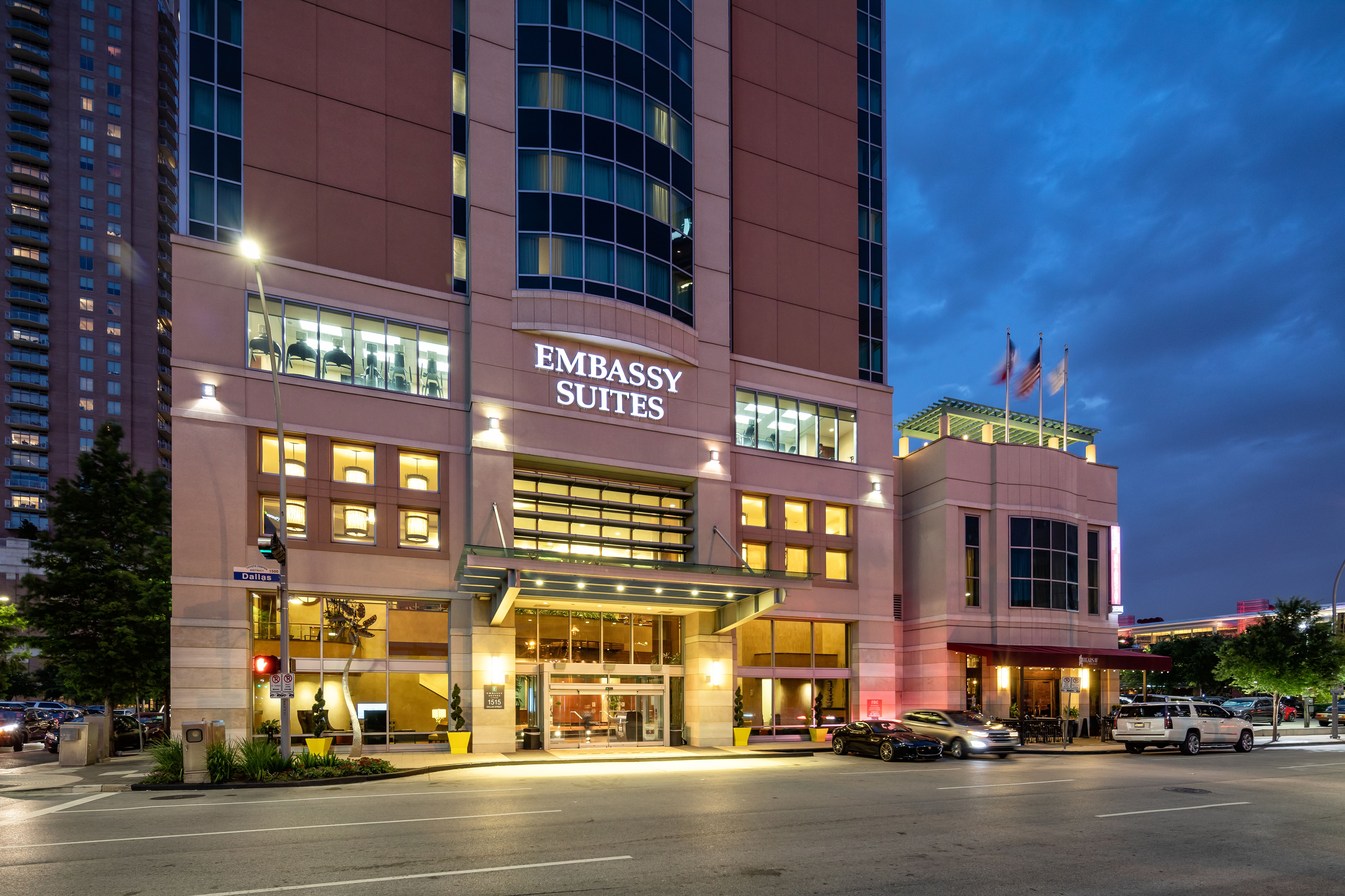 Emby Suites Houston - Downtown on