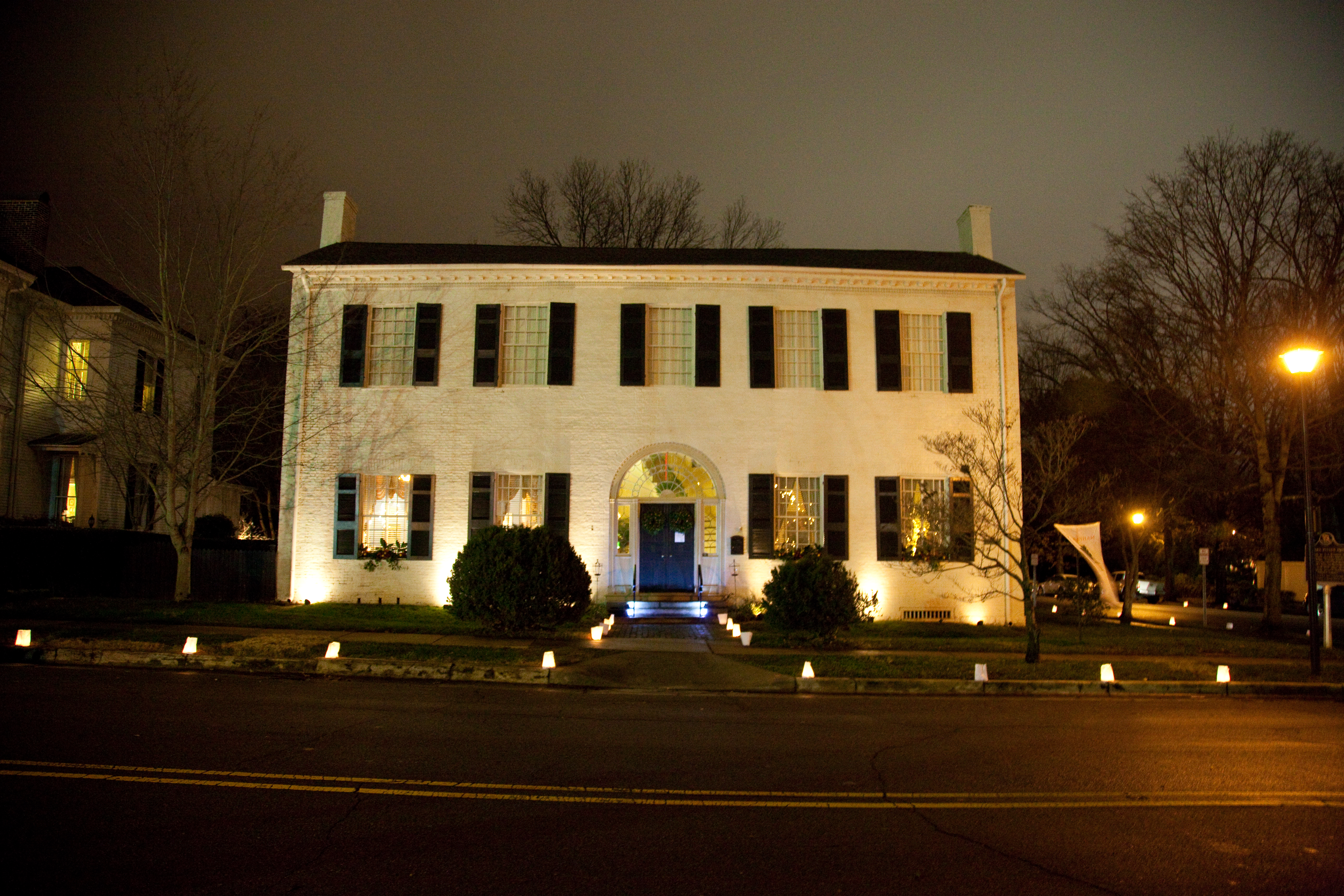 Spirit Of Christmas Past.Spirit Of Christmas Past Homes And Luminary Tour