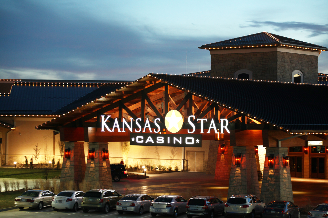 Kansas gambling casinos casino golden spur