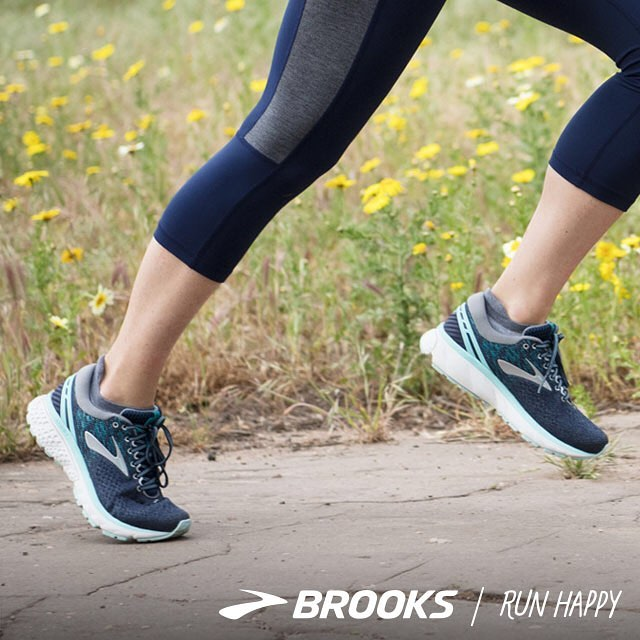 Green Earth Multisport Brooks Shoes