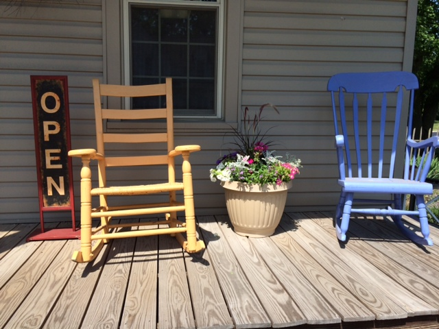 Homspun House front porch rocking chairs