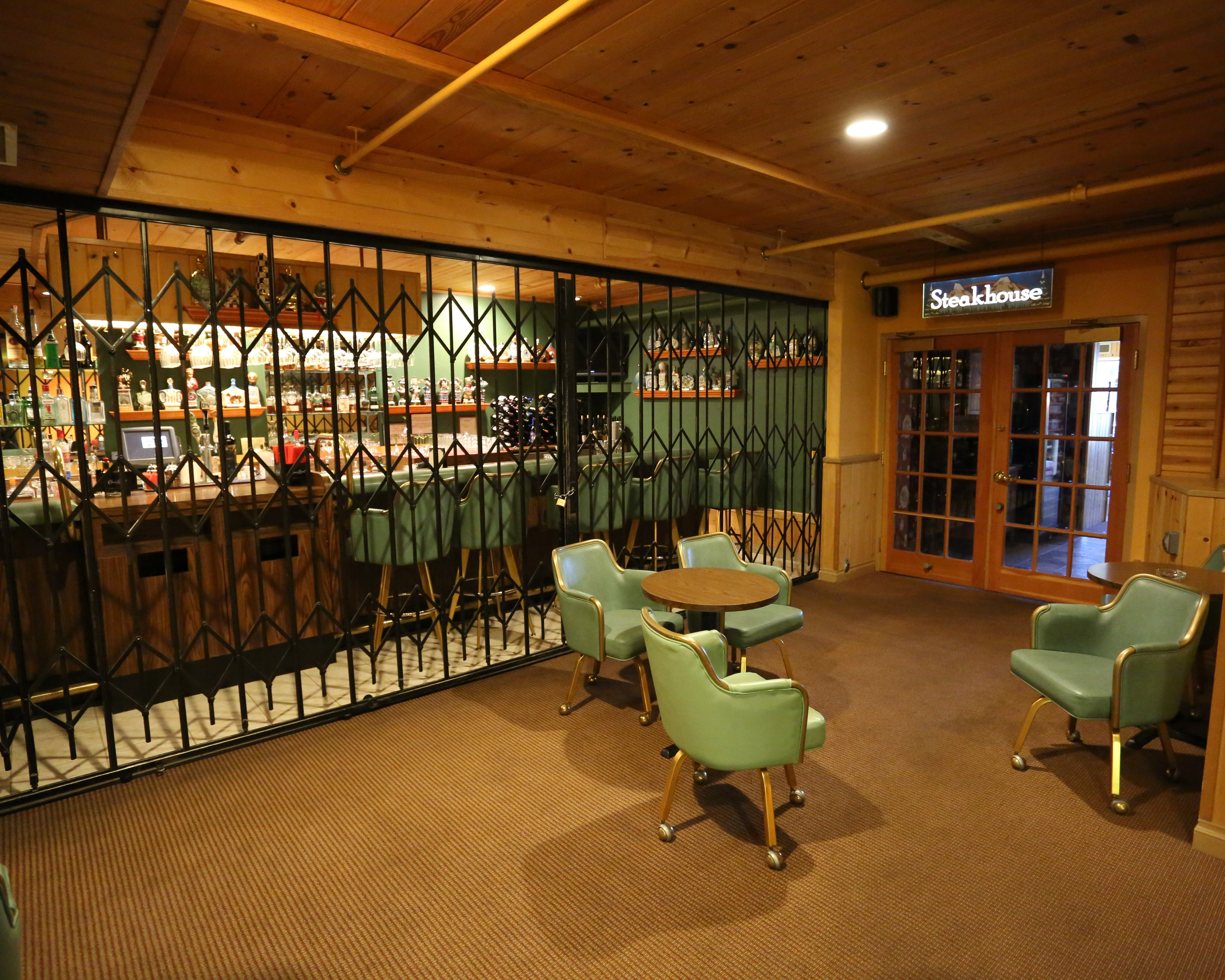 Topaz aparthotel /u0026 casino the raj windmill casino