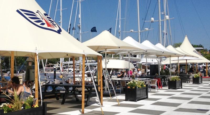 Belle S Cafe At Newport Shipyard Newport Ri Discover Newport